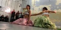incrocio2-fili-e-nodi-inaugurazione-performance-ropes-and-skirts-di-barbara-stimoli-con-giulia-iaconutti-8