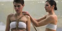 incrocio2-fili-e-nodi-inaugurazione-performance-ropes-and-skirts-di-barbara-stimoli-con-giulia-iaconutti